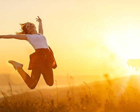 Top Quotes About Happiness and Love Sayings That Will Make You Smile